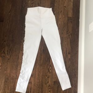 Alo yoga White leggings